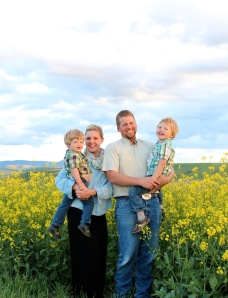 Farmer Steve Kaufman and his family