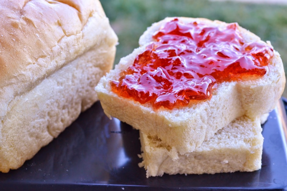 Delicious Amish White Bread from the blog Sweet Morris