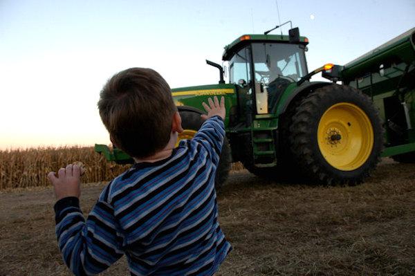 30_days_prairie_farm_kid_love_1_634880047071048000